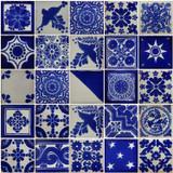 蓝白相间的墨西哥瓷砖