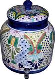 塔拉韦拉古老的欧洲水缸