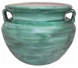 刷成绿色的塔拉韦拉花盆