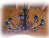 工匠做的铁吊灯