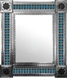 经典殖民地砖的墨西哥镜子