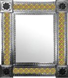 带瓜纳华托瓷砖的墨西哥镜子