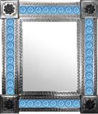 墨西哥镜子和圣米格尔瓷砖