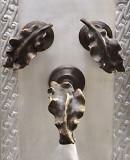 乡村酒吧厨房墙面青铜水龙头