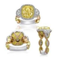 4.62 Ct Tri-color Fancy Diamond Ring (ydov 3.01ct, Ydrd 0.54ct, Pink 0.39ct, Hm 0.34ct, Rd 0.34ct)
