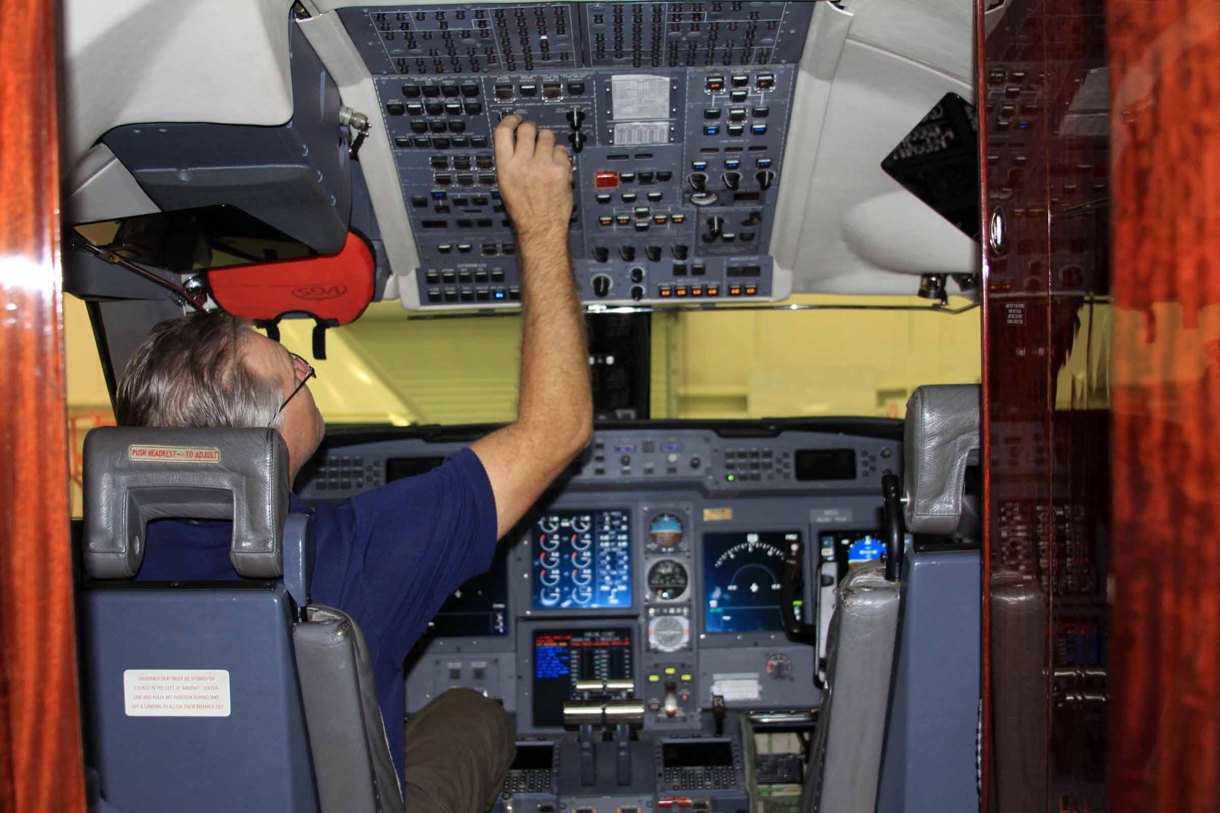 g5-cockpit.jpg