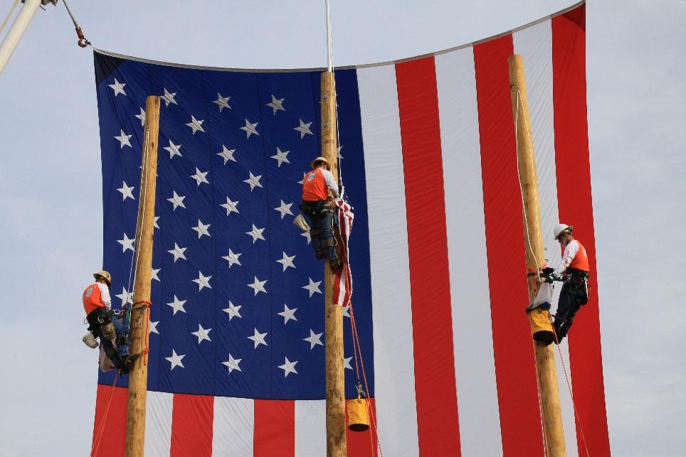 lineman-flag-raising.jpg