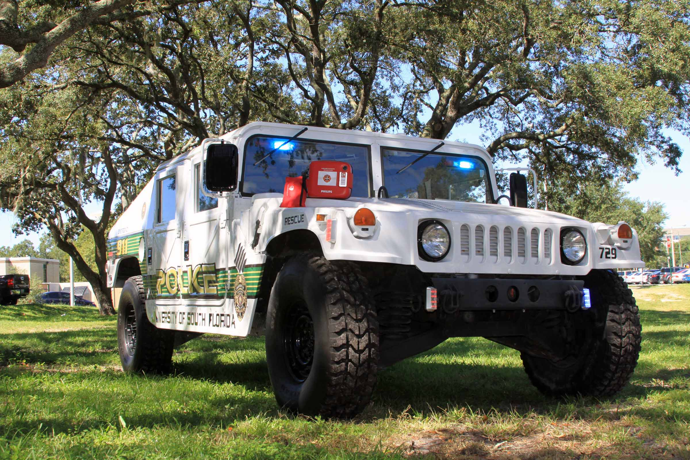 usf-hummer-with-phillips-frx.jpg