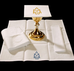 Complete Mass Linen Set with Ave Maria Embroidery