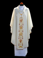 Gothic Chasuble in Damask Fabric with Eucharistic Embroidery