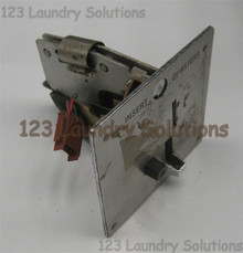 * Washer 110V Coin Drop Unimac, F160647P