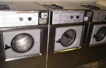 Wascomat Front Load Washer Junior W74 on