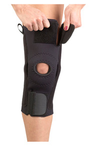 AKS KNEE SUPPORT ( METAL HINGES)
