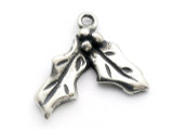 Holly - Pewter Pendant (PW558)
