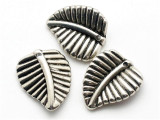 Leaf, Silver Metalized Plastic Bead 22mm (MP26)