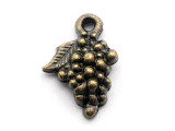 Brass Grapes - Pewter Pendant 17mm (PW1089)