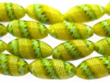 Yellow & Green Fiesta Glass Beads 20mm (JV938)