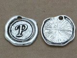 P - Wax Seal Stamp - Pewter Charm 18mm (PW773)
