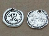 R - Wax Seal Stamp - Pewter Charm 18mm (PW775)
