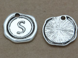 S - Wax Seal Stamp - Pewter Charm 18mm (PW776)