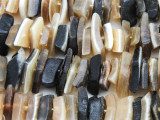 Large Chip Water Buffalo Horn Beads 15-25mm (HN72)