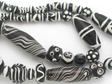 Assorted Black & White Glass Beads 9-41mm (JV1298)