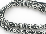 Assorted Black & White Glass Beads 7-19mm (JV1299)