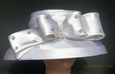 White Ladies Hat with Jeweled Bow