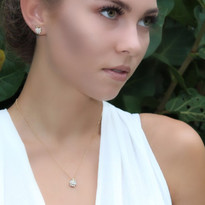 Pearl Apple Necklace