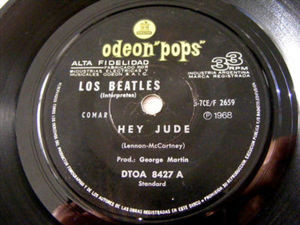 "7"" BEATLES Odeon Pops 8427 Argentina 33rpm HEY JUDE"