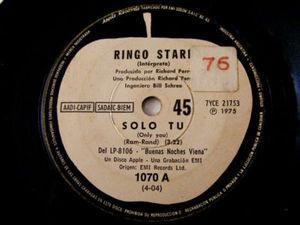 """7"""" RINGO STARR Apple 1070 ARGENTINA 45rpm SOLO TU/LLAMA"""