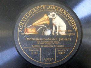 KLEINES TONKUNSTLER ORCH Gramophone 62437 78 MOZART