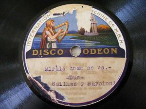 SAUL SALINAS Y SARCIONE Odeon RARE LATIN 78 LA PASTORA  / MIRALA COMO SE VA