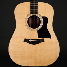 Taylor 110e Dreadnought, ES2 with Gig Bag