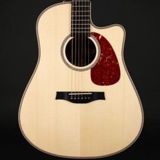 Seagull Artist Peppino Signature CW Element with DLX Tric Case - Pre-Owned