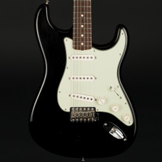 Fender Custom Shop '62 Closet Classic Stratocaster in Black with OHSC #R77728 - Pre-Owned