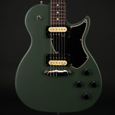 Godin Summit Classic SG in Matt Green with Bag