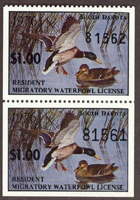South Dakota Duck Stamp 1976 Mallards Strip of 2 with variety