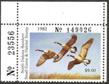 North Dakota Duck Stamp 1982 Canada Geese Hunter type top stamp from strip of five with serial number