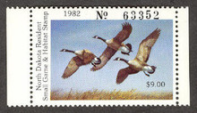 North Dakota Duck Stamp 1982 Canada Geese Hunter type