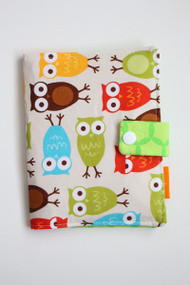 Owls crayon wallet closed view