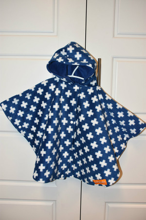 Car seat poncho size small