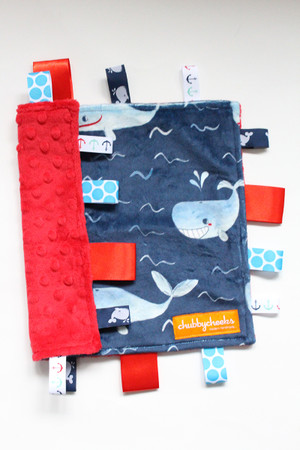 Whales small tag blanket