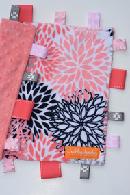 Coral blooms size small tag blanket