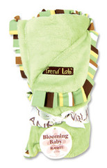 Trend Lab Giggles Velour Ruffle Blanket