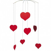 Flensted Mobiles Valentine - Happy Hearts Mobile
