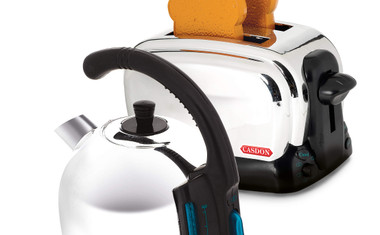 Casdon Toy Kettle and Toaster Image 1