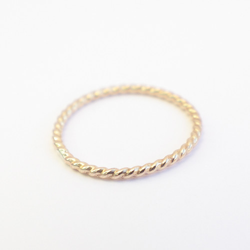 Plain Twisted Band - Gold