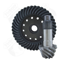 High performance Yukon replacement ring & pinion gear set for Dana S135 in a 5.38 ratio.