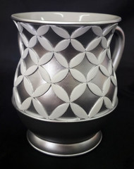Acrylic Washing Cup Diamonds in Circles - Silver